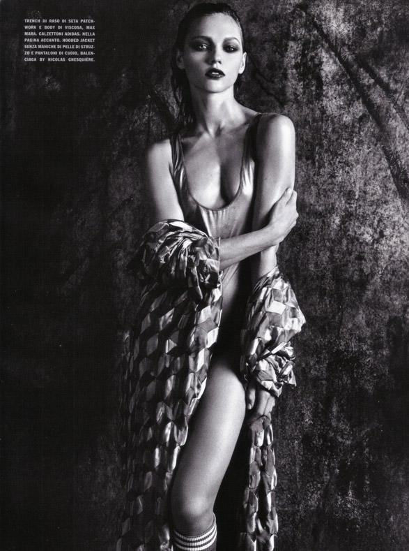 "Sasha Pivovarova photographed by Mario Sorrenti in ""Uniform: A Singular Mood"" for Vogue Italia, April 2010 6"