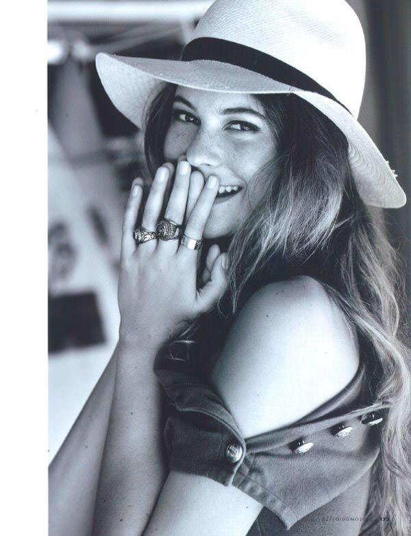 """Behati Prinsloo photographed by Matt Jones in """"Surfin' Costa Rica"""" for Elle Italia, June 2010 7"""