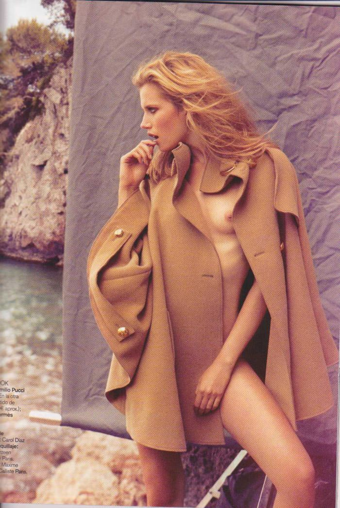 Cato Van Ee photographed by James Macari for Vogue España, August 2010 11