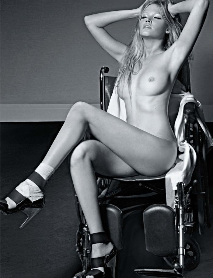 """Lara Stone photographed by Greg Lotus in """"Lara Stone est ma Drogue"""" for Playboy France, June 2010 2"""