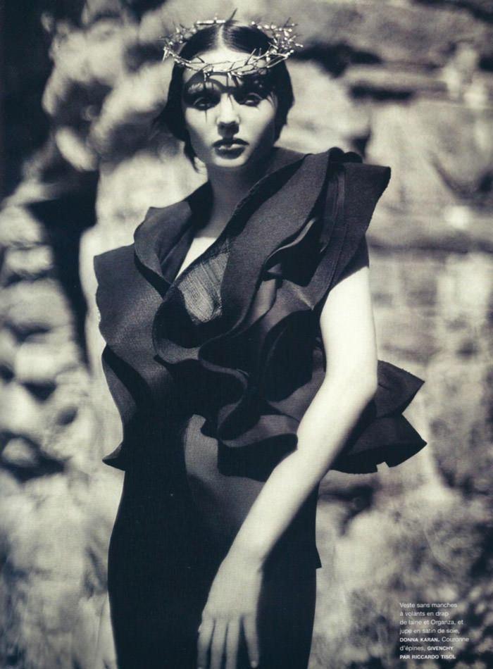 "Miranda Kerr photographed by Sebastian Kim in ""Messe Noire"" for Numéro #115 9"
