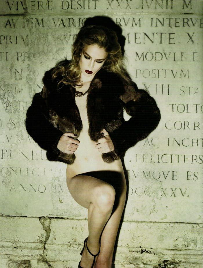 "Raquel Zimmermann photographed by Mariano Vivanco in ""La Dolce Vita (Revisited) for Vogue España, September 2010 10"