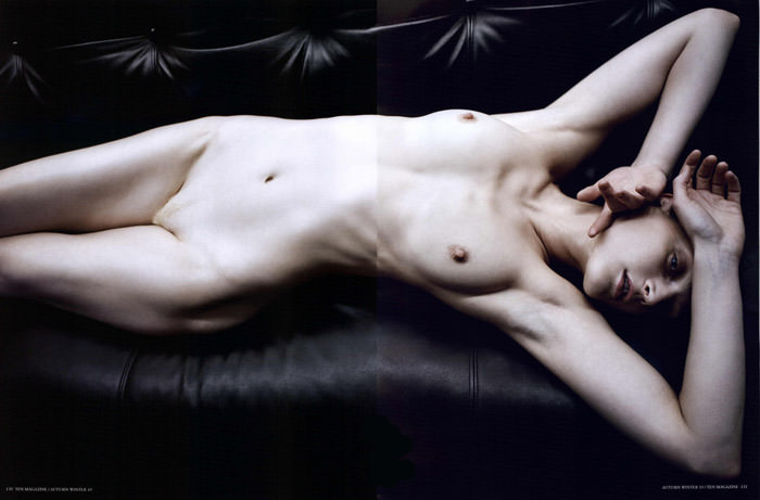"Guinevere Van Seenus photographed by Mario Sorrenti in ""The Beauty Sitting"" for 10 Magazine, Autumn & Winter 2010 5"