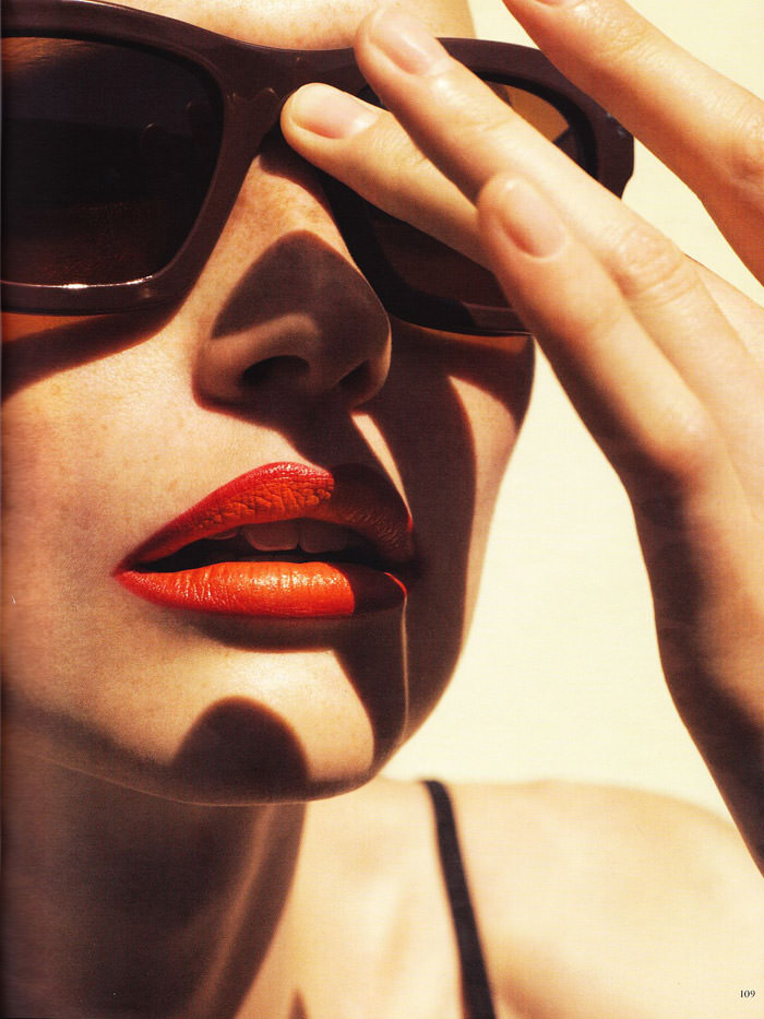 """Katrin Thormann photographed by Blaise Reutersward in """"Salz auf unserer Haut"""" for Vogue Deutschland, November 2010 6"""