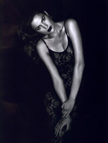 "Cameron Russell photographed by Ben Hassett in ""Equinoxe"" for Numéro #117, October 2010 1"