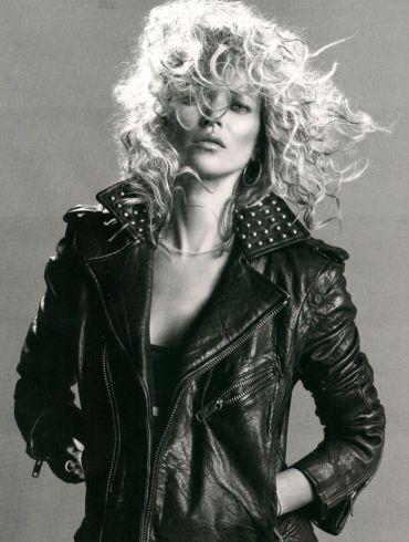 """Kate Moss photographed by Inez & Vinoodh in """"Dans La Peau"""" for Vogue Paris, September 2010 3"""