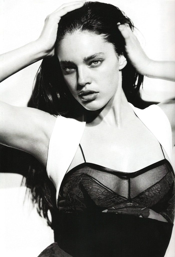 "Emily Didonato photographed by Liz Collins in ""View To A Kill"" for Numéro #119 7"