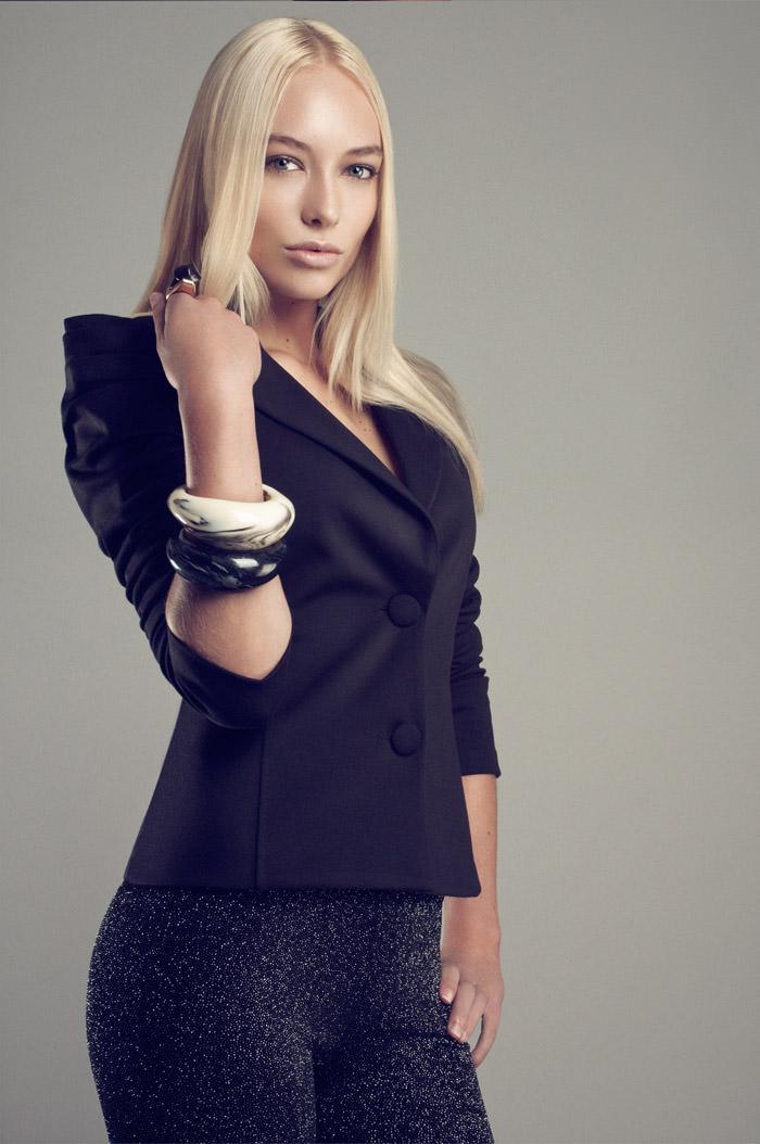 "Chloe Corbeau photographed by Dennis Veldman in ""Body Language"" 5"