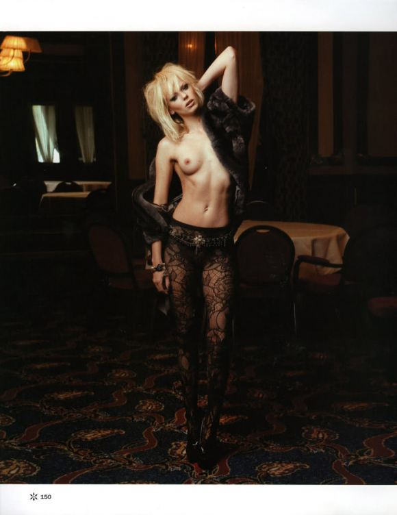 """Dorith Mous photographed by Andy Tan in """"For Your Pleasure"""" for JFK Magazine, December & January 2010 / 2011 7"""