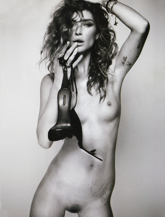 Erin Wasson photographed by Kayt Jones for i-D, Pre-Spring 2011