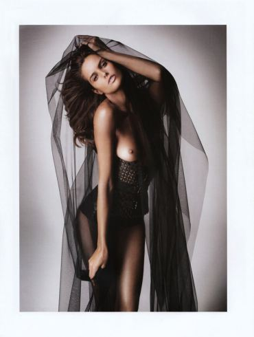 Izabel Goulart photographed by Danielle Duella and Iango Henzi in Muse #23, Spring 2011 2