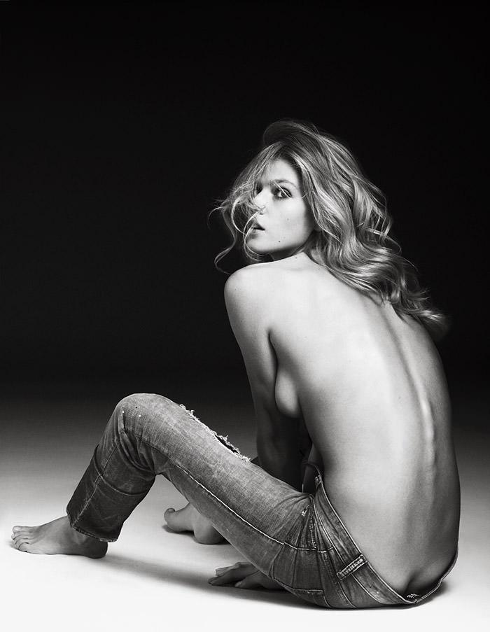 Masha Novoselova photographed by Markus Pritzi 7