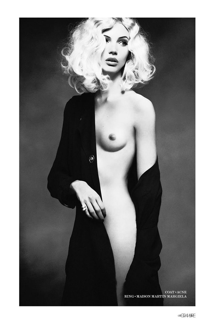 """Mona Johannesson photographed by Honer Akrawi in """"Mona"""" for Gravure 4"""