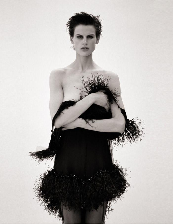 Saskia de Brauw photographed by Matthew Brookes for M Le Monde 3