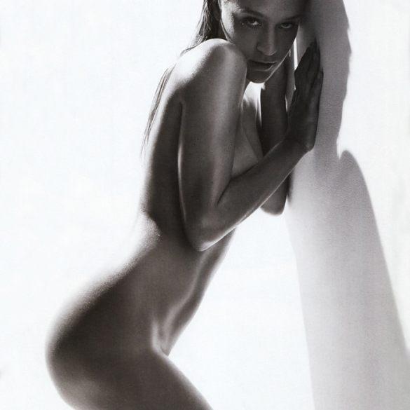 Milla Jovovich & Chloe Sevigny photographed by Michael Thompson for Photo Magazine #479 1