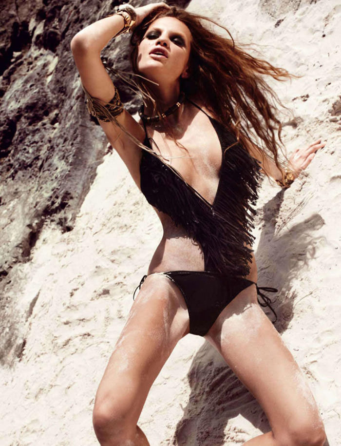 """Regina Feoktistova photographed by David Roemer in """"New Age"""" for Marie Claire España, July 2011 9"""
