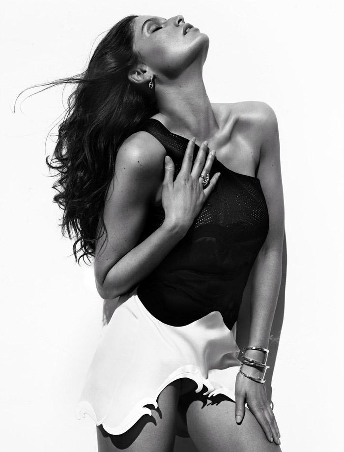 Laetitia Casta by Miguel Reveriego for Vogue Spain
