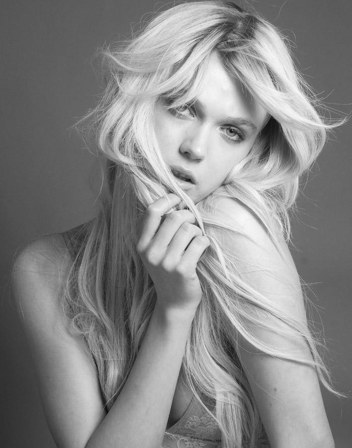 Anastasia Bondarenko by Evan Browning for Fashionography