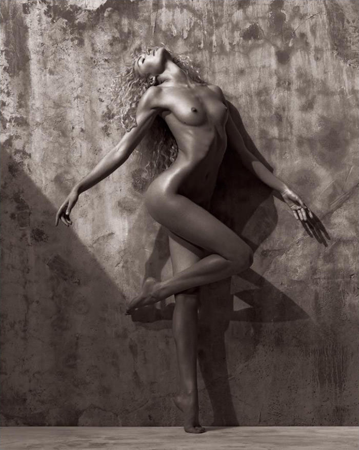 Candice Swanepoel by Mariano Vivanco for Muse