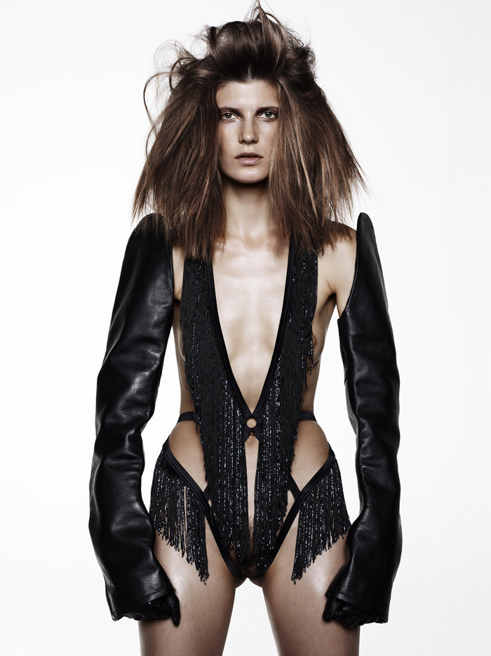 Valerija Kelava by Jan Welters for 7000 Magazine