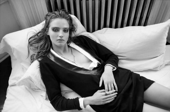 Amanda Norgaard by Tung Walsh for The Block Magazine
