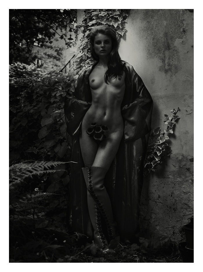 Melissa Bell by David Standish for S Magazine