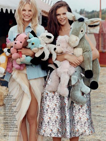 Jena Goldsack and Nadine Leopold by Matt Jones for Elle Italy