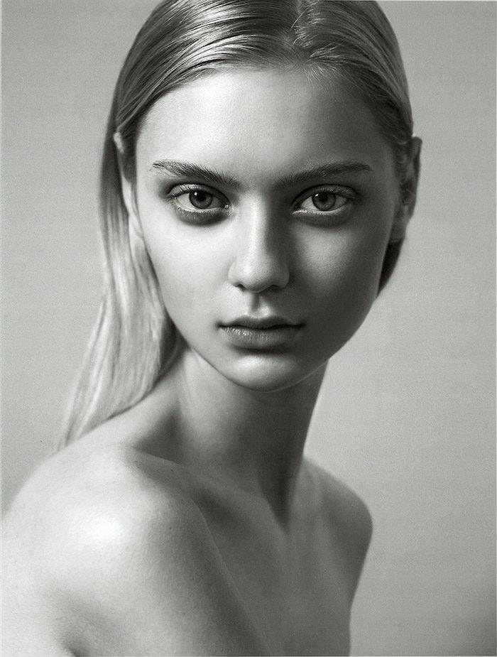 Nastya Kusakina by Oli Kearon