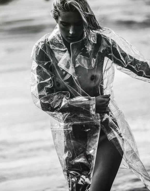 Chloe Holmes by Kesler Tran