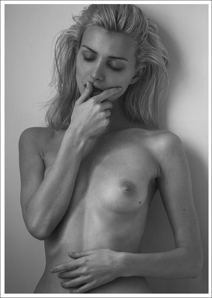 Eva Gii by Luc Braquet for P Magazine