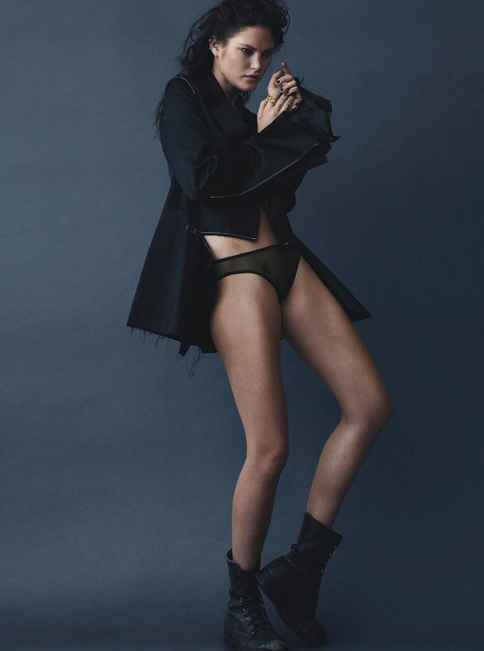 Catherine McNeil by Mario Testino for Vogue Australia