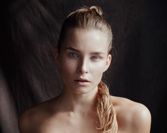 Emmi Kainulainen by Lari Heikkila