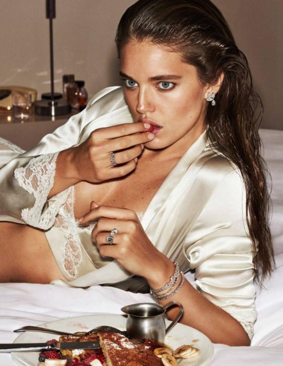Emily DiDonato by Alique for Vogue Paris