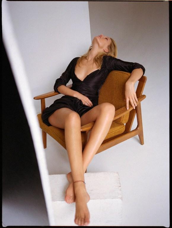 Toni Garrn by Riccardo Vimercati