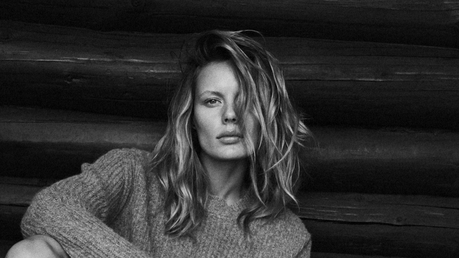 Marlijn Hoek photographed by Sune Czajkowski for Elle Denmark, December 2017