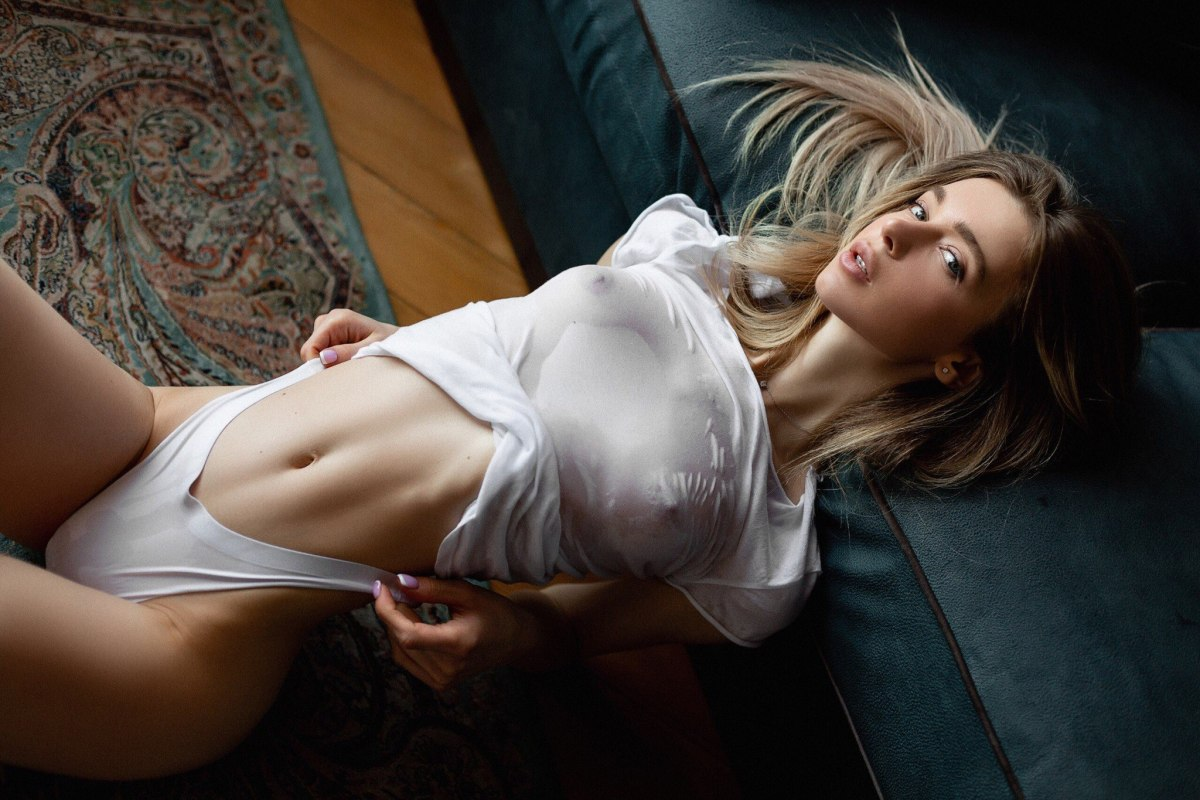 Anna Tsaralunga by Alexey Polsky