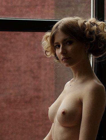 Alina Panevskaya by Damp Zergut 1