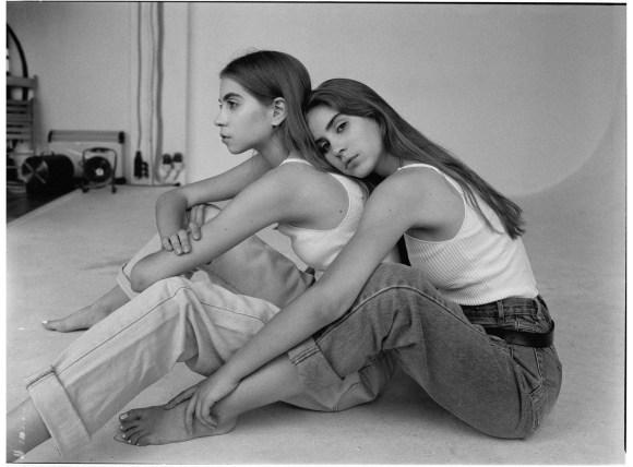 Polina & Olya by Vitaly Mazanov