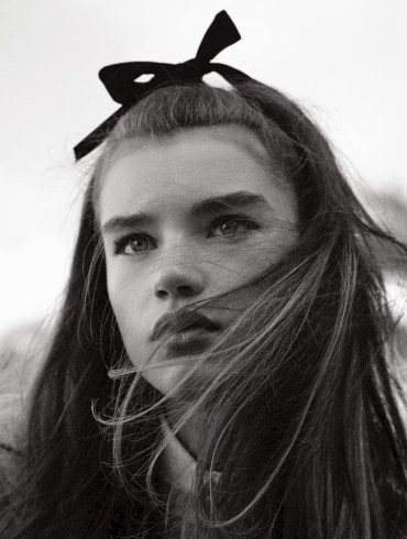 Clare Crawford by Ivan Bideac for Vogue Italia 1