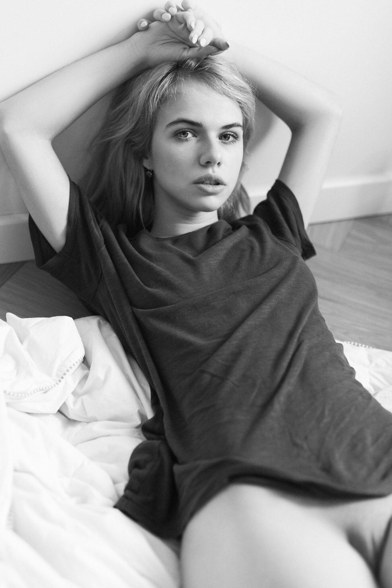 Alexandra Smelova by The Photton
