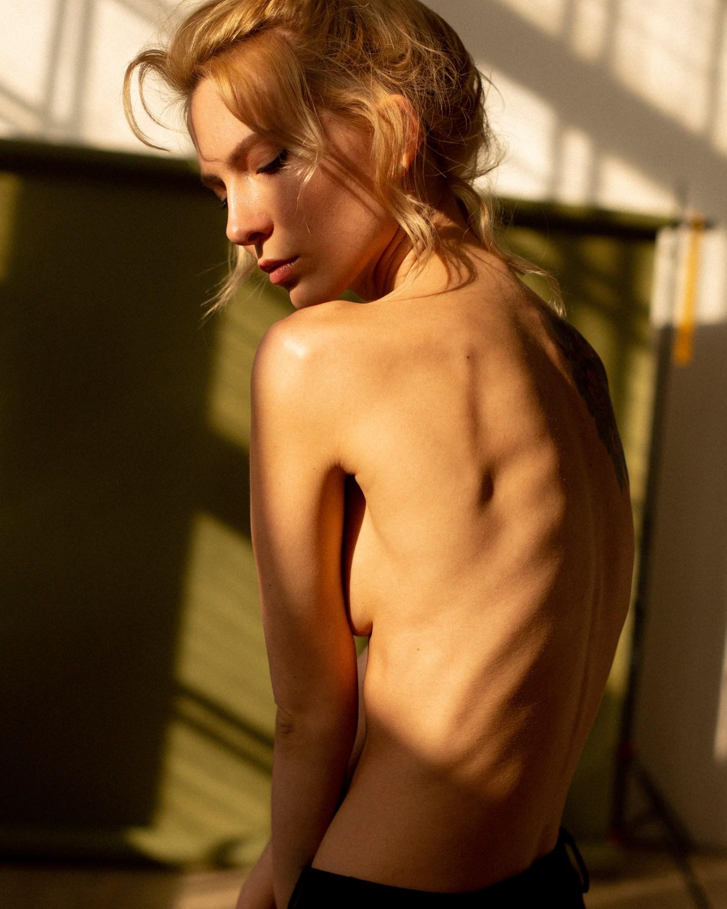 Amy Macdonald Topless stefania iodkovskaya - portraits of girls
