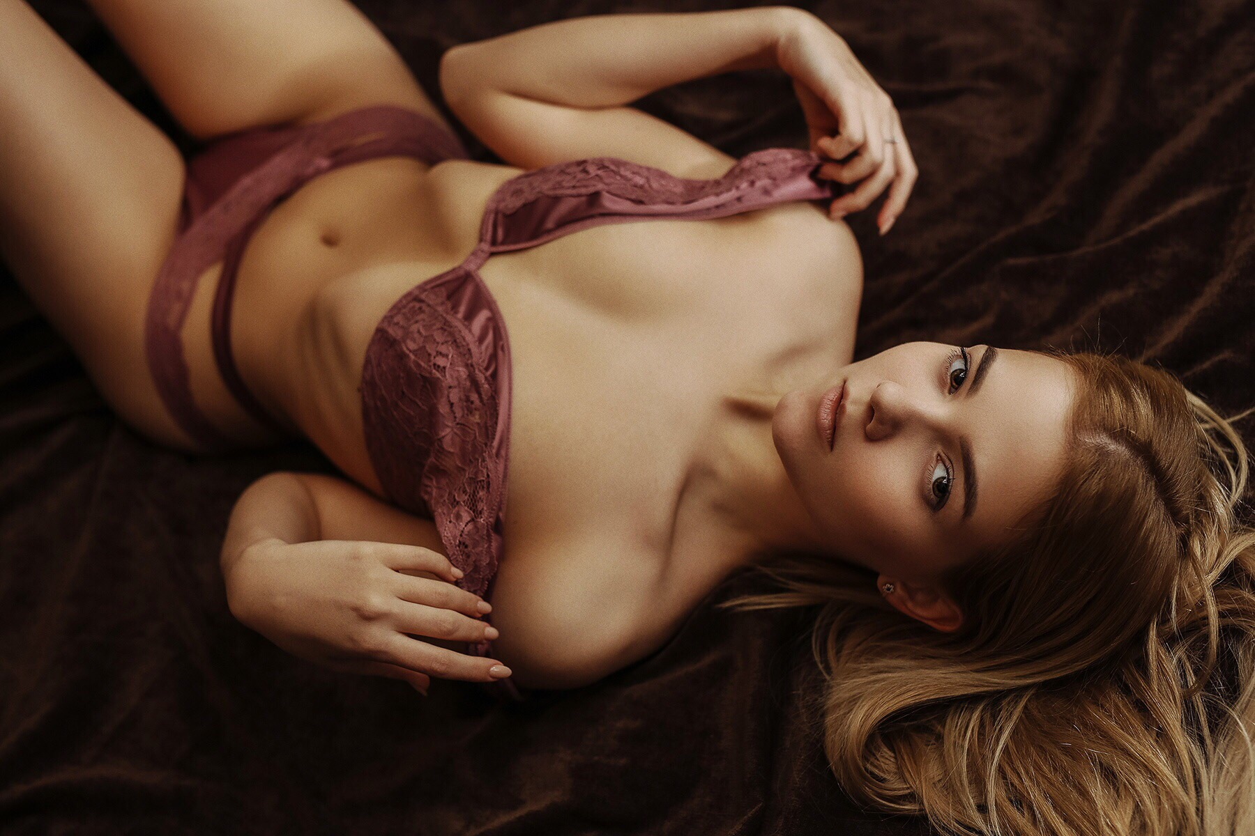 Anabel Alonso Hot victoria sokolovaalexander shlezinger - portraits of girls