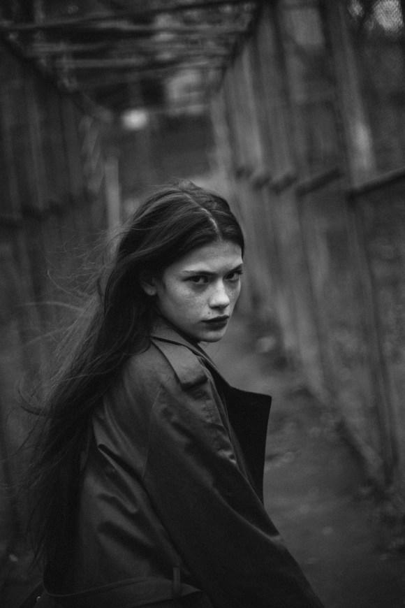 Aleksandra Ronchka by Ekaterina Maun