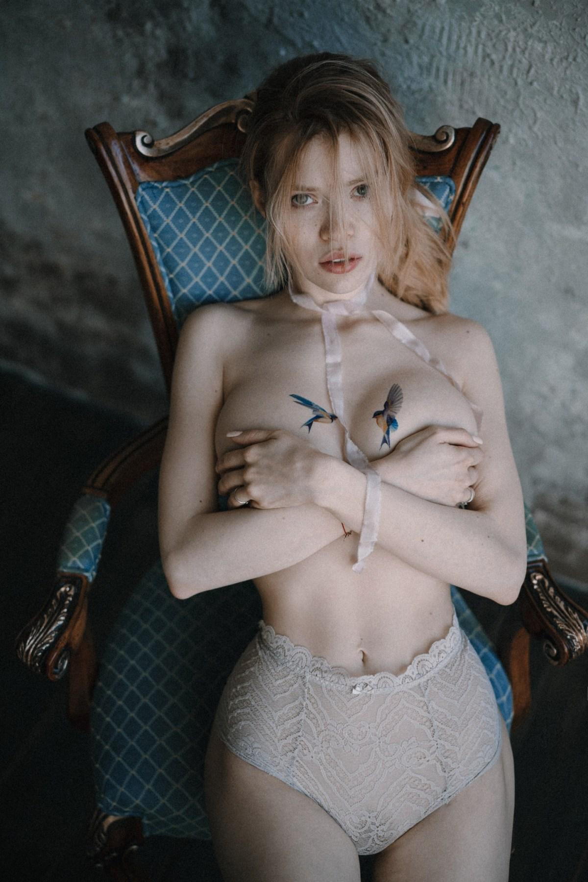 Nat Kozlova by Sofya Sivolap