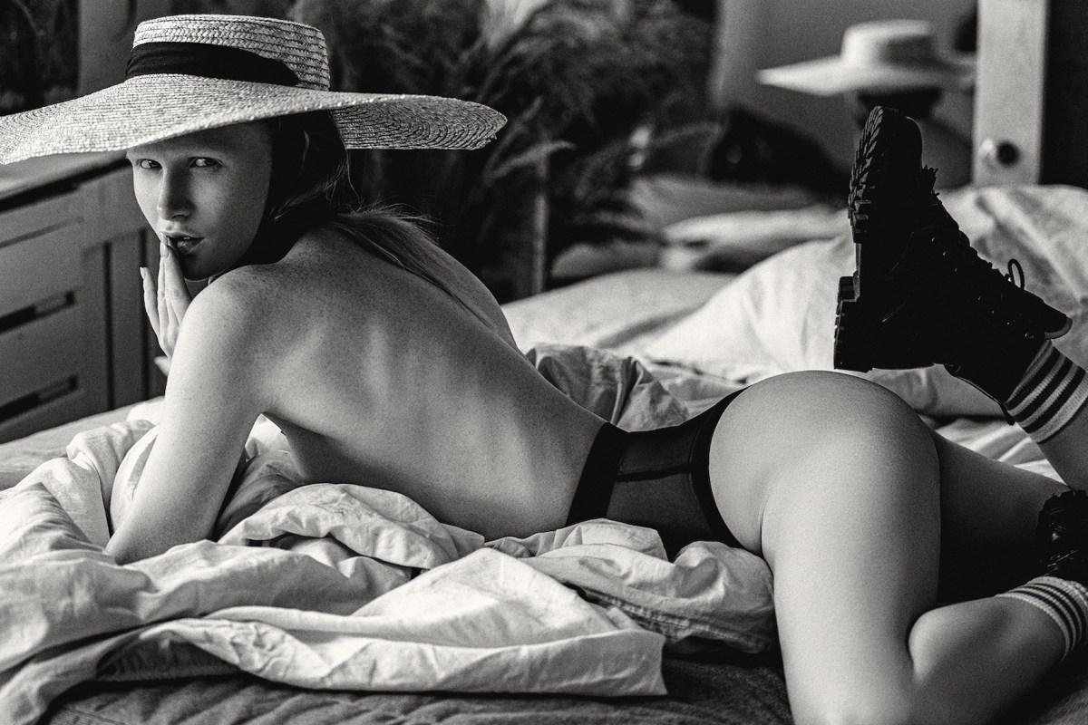 Anika White by Alexey Trifonov