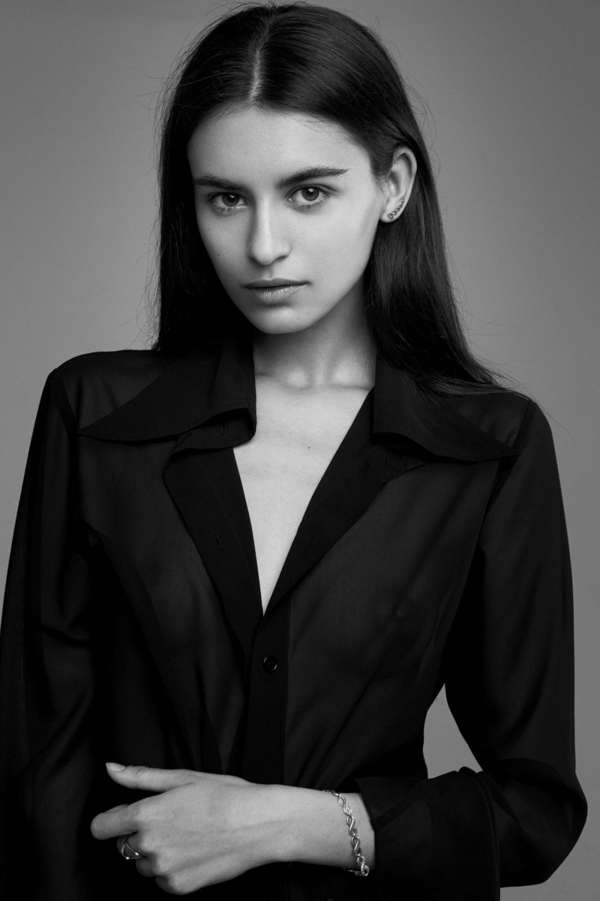 Yulya Shevtsova by Artemy Mostovoy