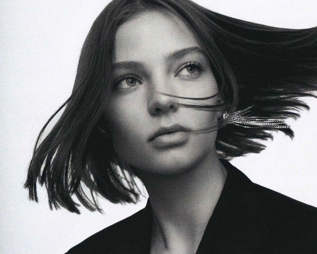 Alesya Kafelnikova by Antoine Coquelet