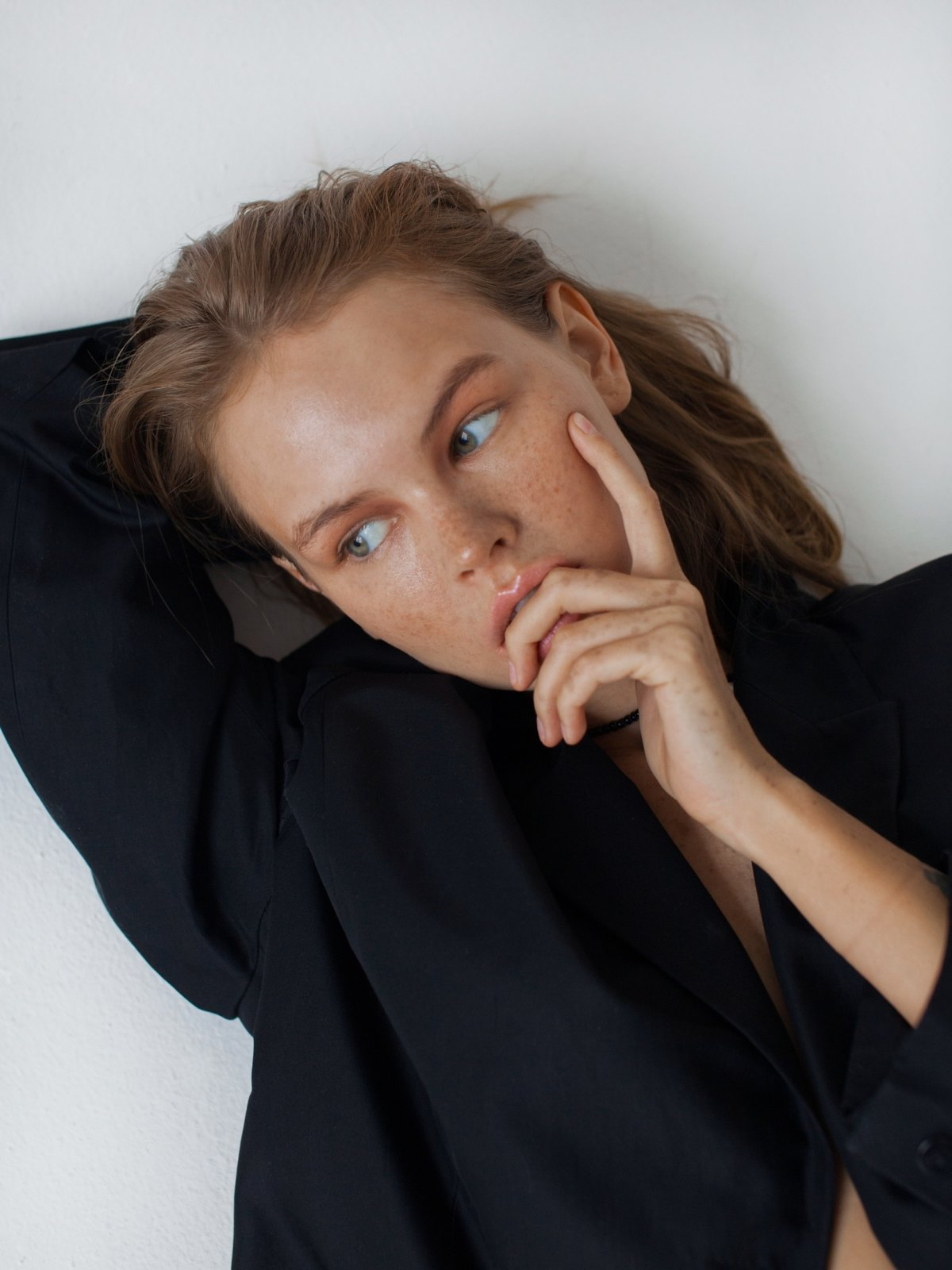 Anastasiya Scheglova by Ira Chaschina