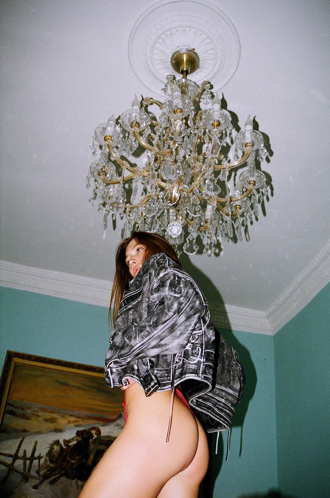 Julia Gurovskih by Lexa Kim