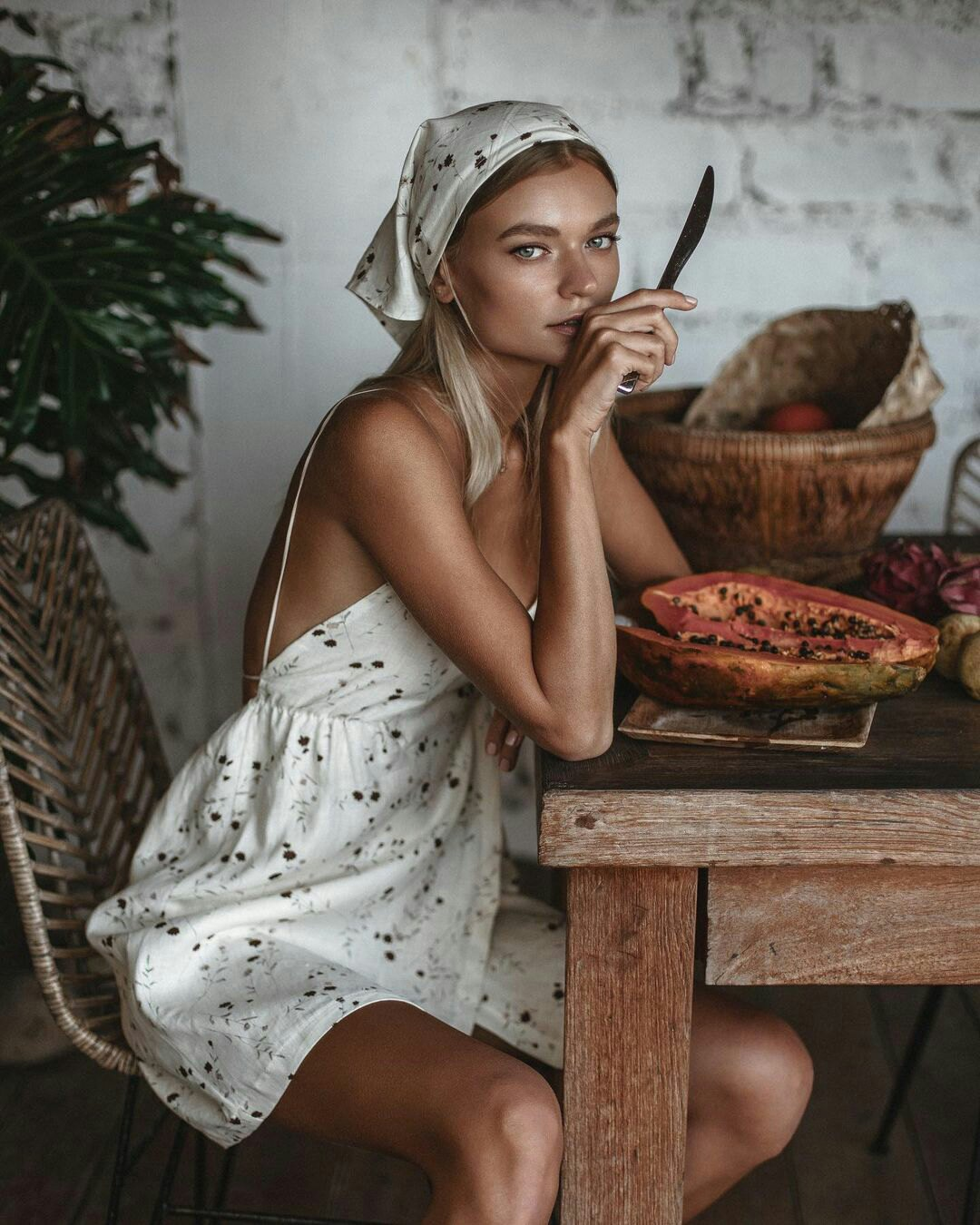 Polina Batychek by Mila Strogaya